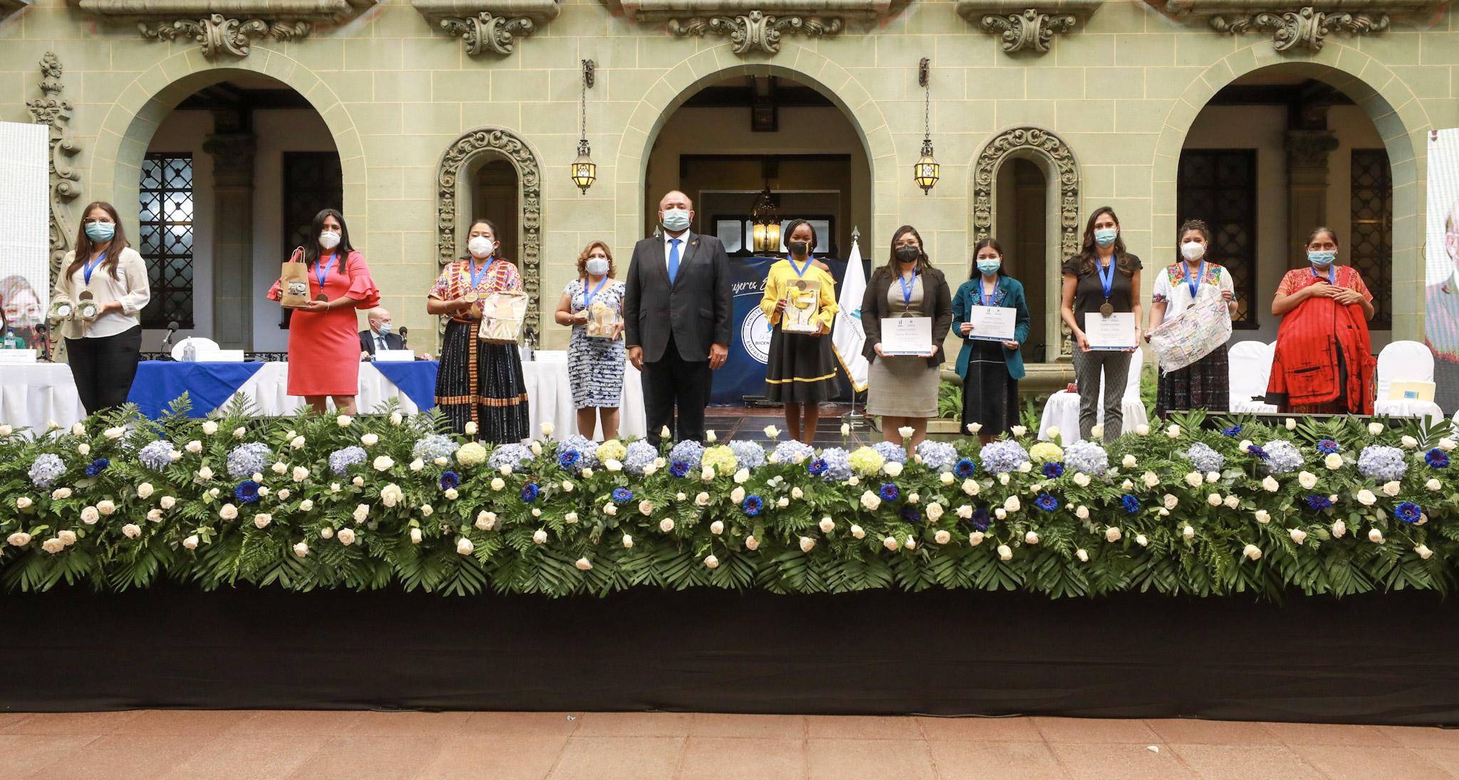 mujeres guatemaltecas